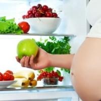 Alimentazione in gravidanza: cosa mangiare?